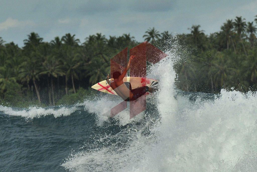 surfing-nias